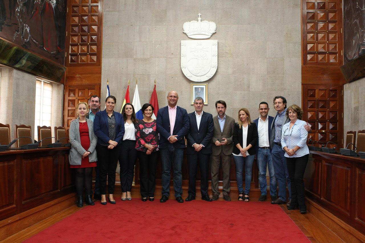 Fernando clavijo destaca la cooperaci n institucional como for Oficina virtual gobierno de canarias