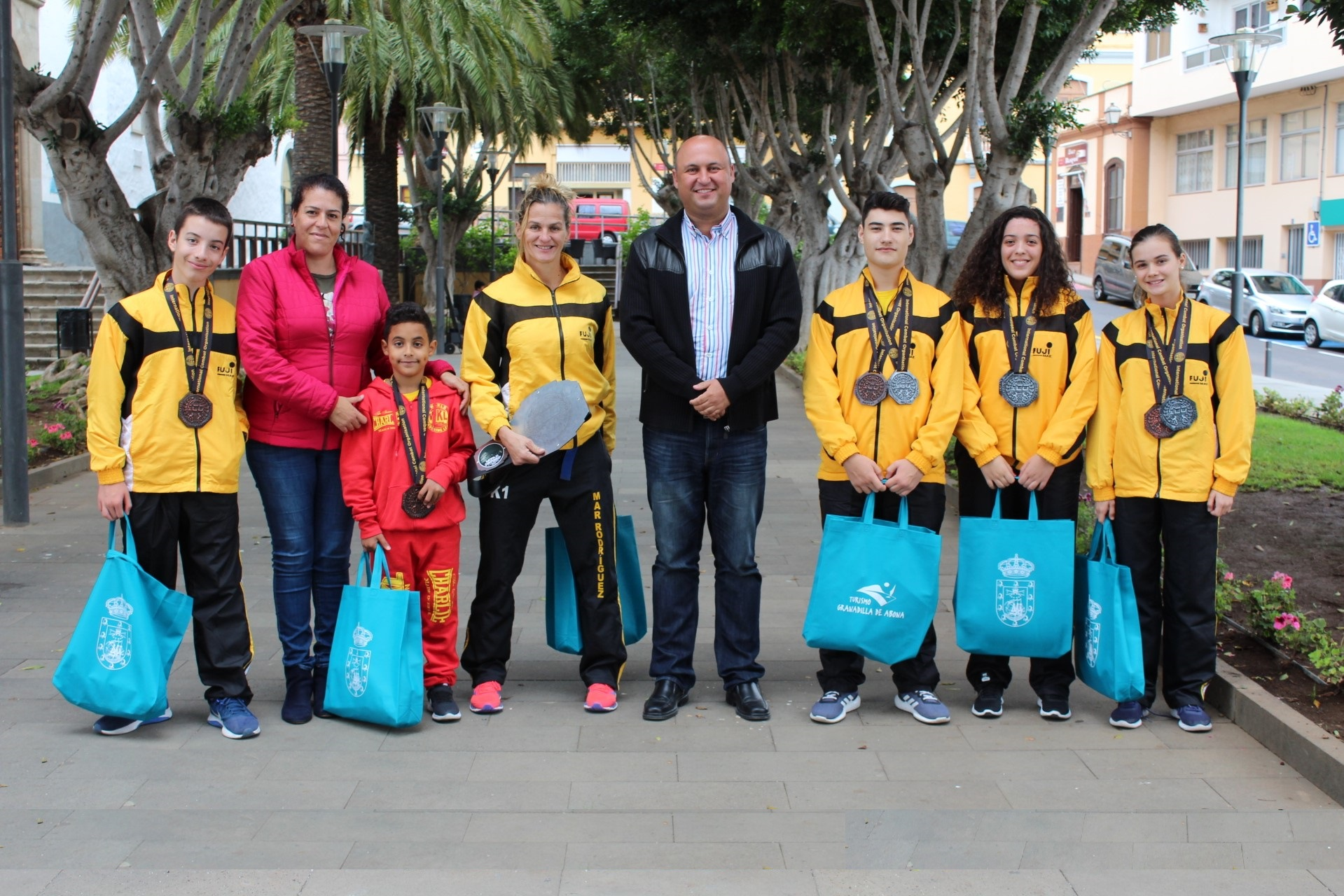 Granadilla de Abona felicita a la escuela de kickboxing de Mar Rodríguez por su logros en el Mundial de Roma