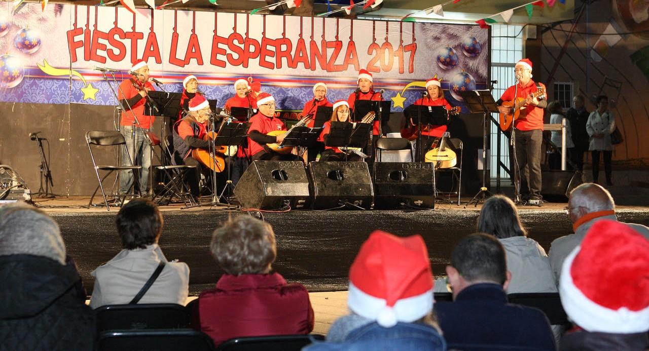 San Isidro acoge la feria solidaria 'Con Sabor a Navidad'